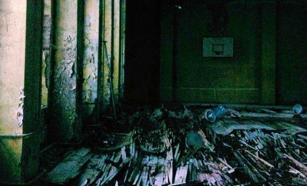 Um prédio soviético abandonado em Berlim