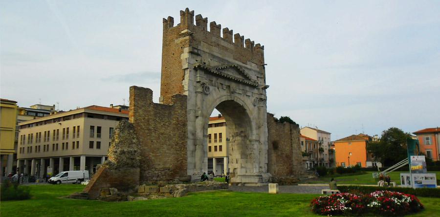 VÍDEO: O mais antigo Arco Romano do planeta!
